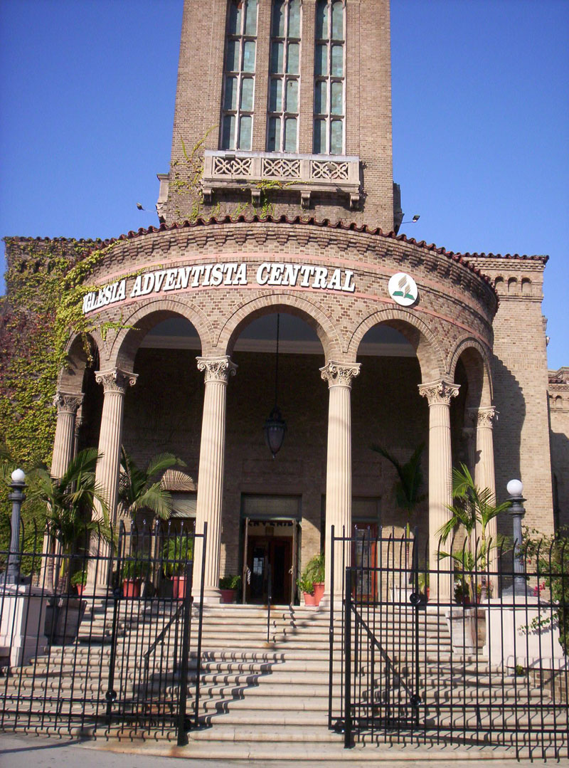 Black church chairs - Los Angeles Peoples Temple May Become Historical Site Alternative