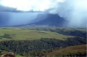 08-17-02-Mount Kukenan