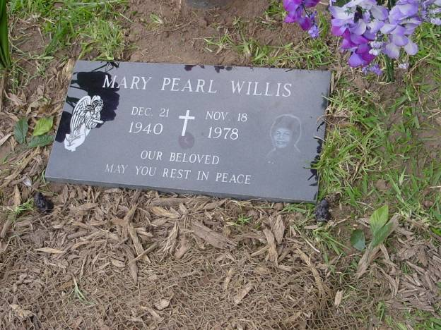 Mary Pearl Willis, headstone