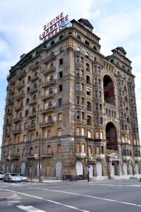 06-16b3-divine-lorraine-hotel-t