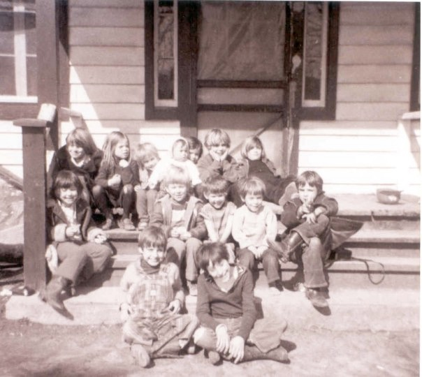 Richmond, front left, with other kids in Skymont