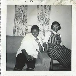 Rosa Lee Brown and sister Bertha Jackson in Tennessee